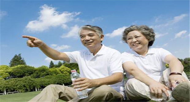 老年人容易失眠 补充4大营养素预防失眠