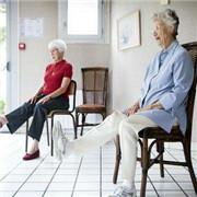 加强公办养老机构入住管理