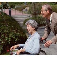 着力解决养老机构供需错位