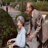 我省今年将新建150所居家社区养老服务照料中心