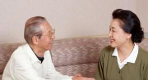 """刘翔退役4年,提前进入""""养老生活"""",不工作旅游养狗,真悠闲"""